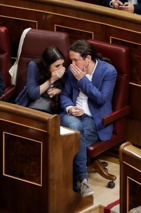El líder de Unidos Podemos, Pablo Iglesias, junto a Irene Montero.
