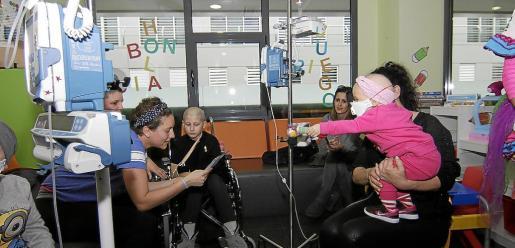 Imagen de archivo de la celebración del Día Internacional del Niño con Cáncer en Son Espases.