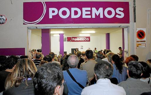 Imagen de la primera oficina que abrió Podemos en Palma en 2014.