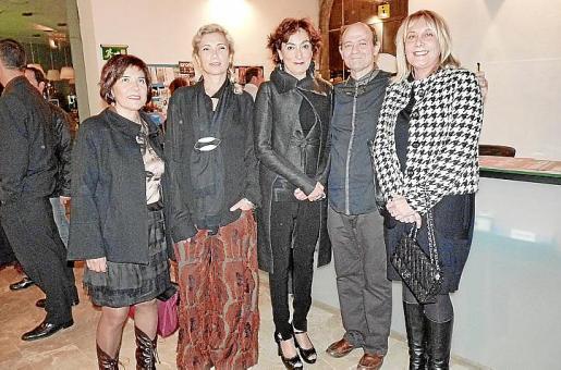Carmen Pardo, Carmen Pinós, Neus Cortés, Fernando Sinaga y Águeda Ropero.