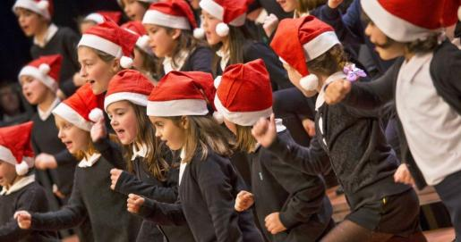 Los cuatro coros del Teatre Principal de Palma se reúnen para el ya tradicional Concert de Nadal.