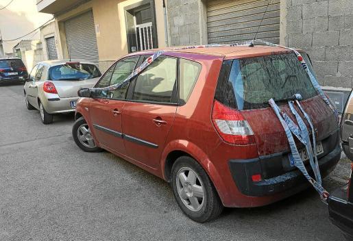 El abuelo aparcó el coche en la calle aparcó en la calle s'Hort des Cabré, de Manacor.