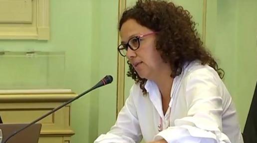 Imagen de Catalina Cladera durante la comparecencia.