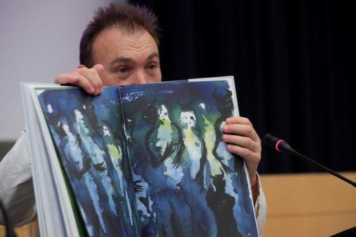 Miquel Barceló, durante la presentación de la edición que ha hecho para Galaxia Gutenberg de 'Fausto'.