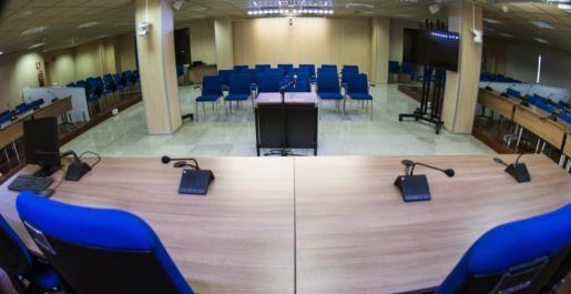 Interior de la sala de la sede de la Escuela Balear de la Administración Pública de Palma (EBAP).