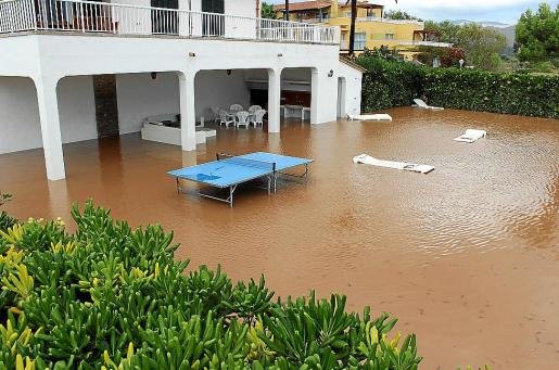 La tromba de agua, que dejo hasta 178 litros por metro cuadrado en Lluc, provoco inundaciones en sa Pobla, Pollenca y Alcudia.