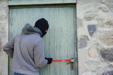 Amordazan a cuatro personas en un robo en su chalé en El Escorial, Madrid