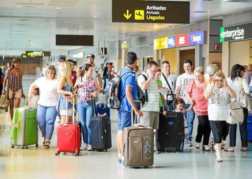 En el acumulado del año, Baleares es el segundo destino para los turistas extranjeros, por detrás de Cataluña con 15,4 millones.