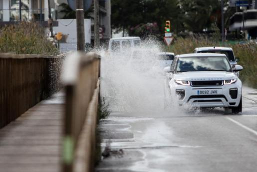La Aemet prevé lluvias de nuevo para este lunes.