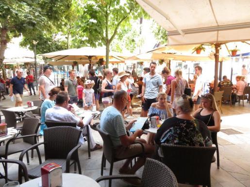 Mallorca es la isla que presenta un mejor comportamiento de los flujos turísticos.
