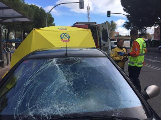 Imagen del coche que atropelló al chico por causas que están siendo investigadas.
