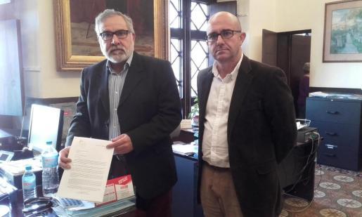 El portavoz de Cs Palma, Josep Lluis Bauzá, ha presentado un escrito este miércoles dirigido directamente al alcalde ante de la denuncia de exhibicionismo en los vestuarios del IME.