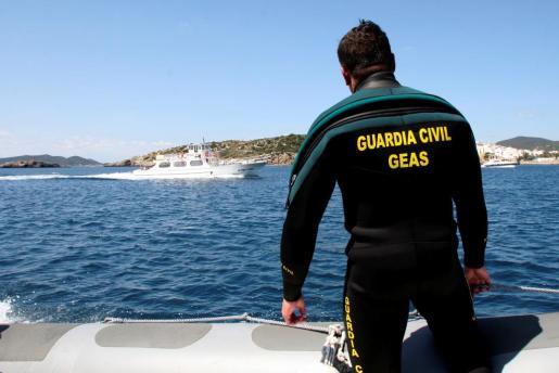 Imagen de archivo de los buzos del GEAS de la Guardia CIvil.