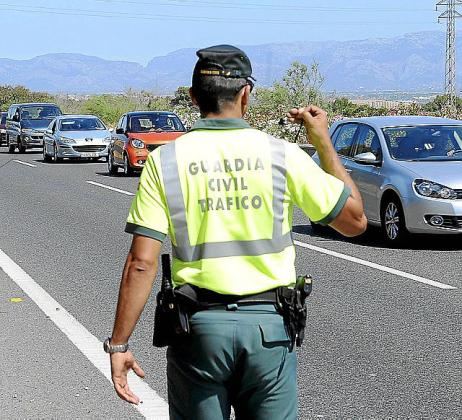 La Guardia Civil reguló el tráfico.