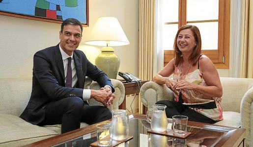 La presidenta del Govern ya mantuvo un primer encuentro con Pedro Sánchez en Palma.