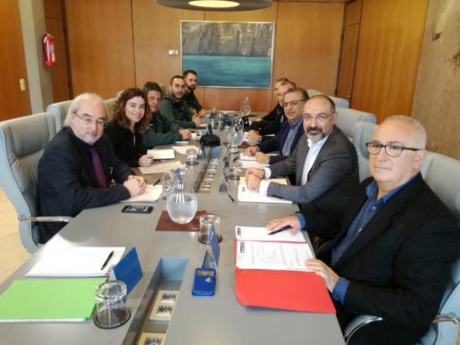 Reunión de la junta de seguridad de Calvià con la presencia de la delegada del Gobierno.