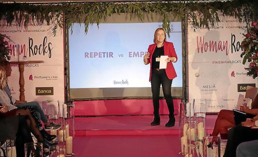 En la imagen, Marta Grañó, una de las ponentes de la jornada que habló sobre el emprendimiento como actitud ante la vida.