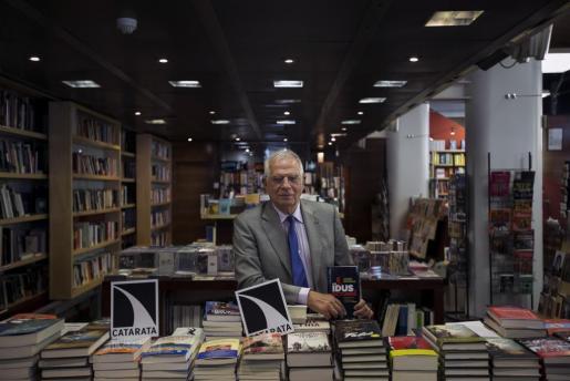 Imagen del ministro Josep Borrell durante una rueda de prensa.