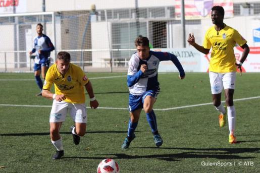 Una imagen del encuentro disputado este domingo en casa del Ebro.