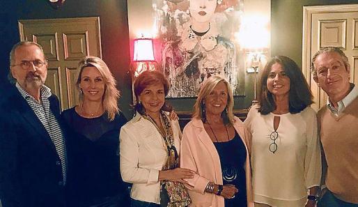 Juanjo Duelo, Susana Rovira Benaiges, Gloria Roig, Paula Fuster Tarongi, Eva Gelabert y Miguel Cisnal.