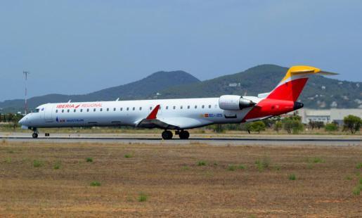 Uno de los aviones de Air Nostrum que opera en las Islas.