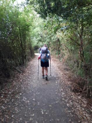 Imagen de una persona durante el Camino de Santiago.