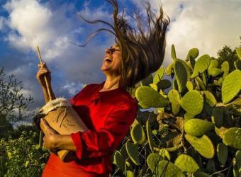 Carmen Jaime presenta 'Illencs' en el Teatre Mar i Terra