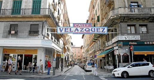 La zona de la calle Velázquez necesita un impulso y por eso será el embrión del centro comercial abierto.