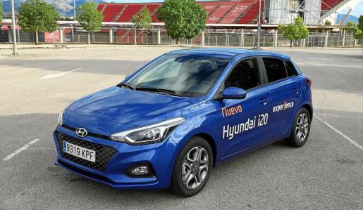 La marca surcoreana ha vuelto a acertar en los cambios que ha introducido en este vehículo en cuanto al motor 1.0 de 100 CV y también en la adopción de nuevos elementos en seguridad