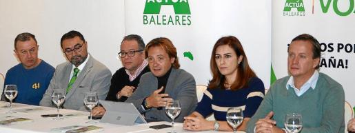 Santiago Costa, Toni Burguera, Juan Ramón Ramírez, Jorge Campos, Idoia Ribas y Andrés Buades.
