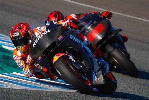Marc Márquez y Jorge Lorenzo ruedan este jueves en el Circuito de Jerez-Ángel Nieto.