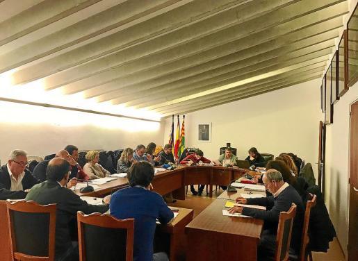 El pleno de sa Pobla aprobó este jueves por la noche el convenio con el Consell de Mallorca por urgencia.