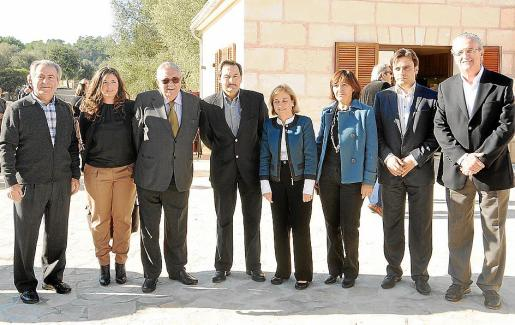 Jaime Orell, Margaret Mercadal, Pere A. Serra, Josep Oliver, Montserrat Casas, Carmen Roselló, Xisco Miralles y Joan Miralles.