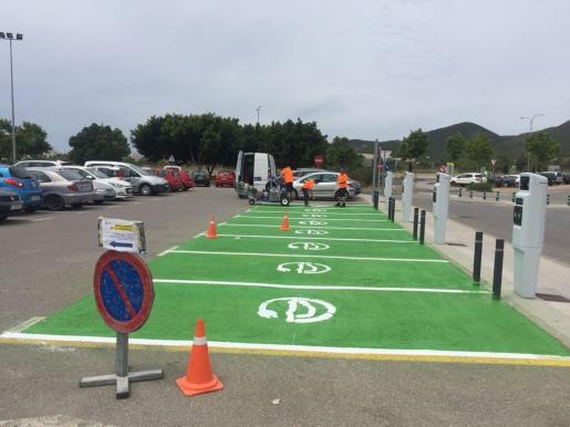 Puntos de recarga para coches eléctricos en Ibiza.