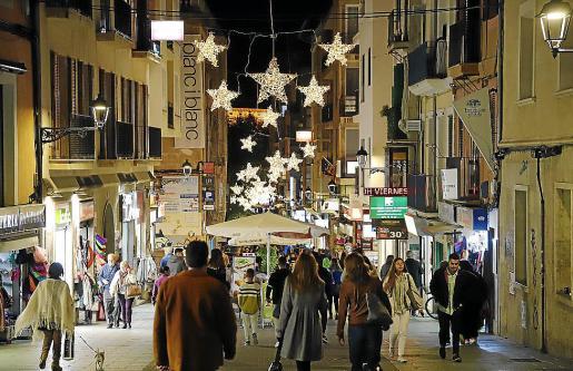 El centro de Palma registrará un elevado movimiento de turistas y visitantes procedentes de la Península y los principales mercados emisores europeos.