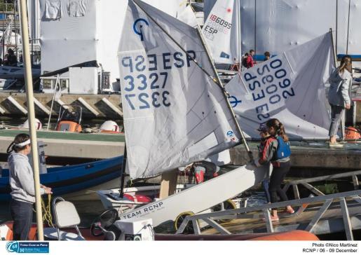 Imagen de los preparativos del 68º Trofeo Ciutat de Palma-Bufete Frau de vela.