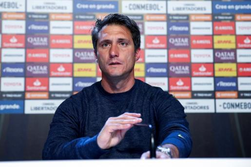 El técnico de Boca Juniors, Guillermo Barros Schelotto, durante su rueda de prensa en Madrid.