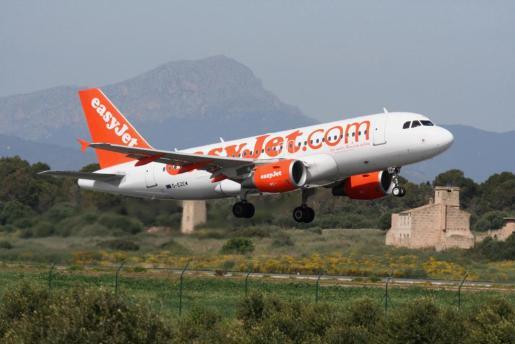 Avión de la compañía aérea Easy Jet.