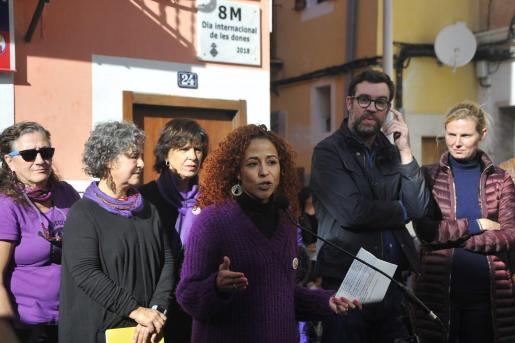 La placa se ha colocado en el número 24 de la calle Sant Magí, en Palma.