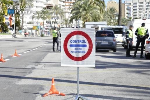 La Policía intensificará los controles de alcoholemia y velocidad en Navidad.