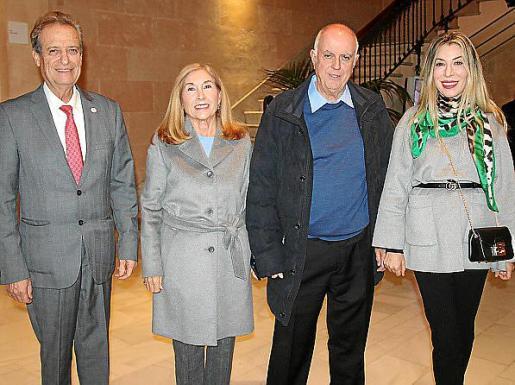 Eduardo Gamero, Carmen Ramis, Miquel Vicens y Cristina Gamero.