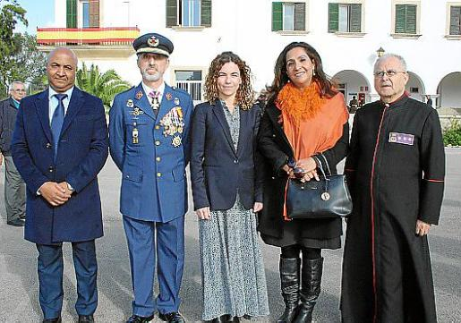 Driss Soussi, Manuel Aroca, Rosario Sánchez, Nezha Attahar y Manuel Redondo.