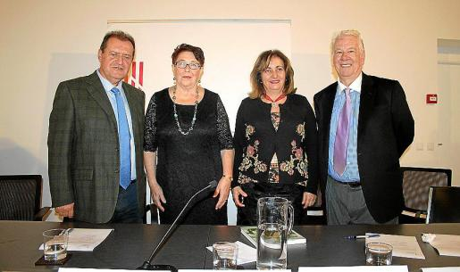 Felip Cirer, Catalina Riera, Fanny Tur y Joan Riera.