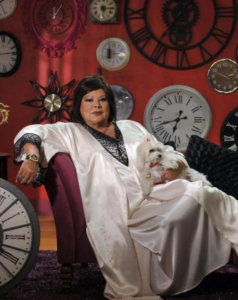 """CUL03. MADRID, 29/12/2011.- Foto cedida por Antena 3 de Marisa Naranjo, expresentadora de TVE, que mañana presentará con humor el Feliz Año Neox: las """"preuvas"""" (ensayo de las campanadas celebrado el 30 de diciembre). EFE/Antena 3. *** SOLO USO EDITORIAL*** MARISA NARANJO PRESENTARÁ CON HUMOR"""" LAS """"PREUVAS"""" DE ANTENA NEOX"""