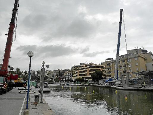 Las obras de demolición del puente han costado un millón de euros.