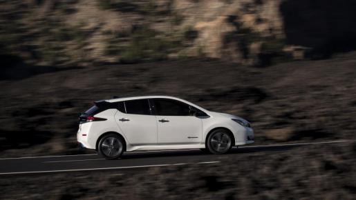 El LEAF es el cuarto modelo Nissan que gana este premio.