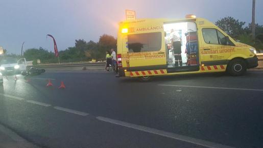El herido fue evacuado por una ambulancia medicalizada al Hospital de Inca.