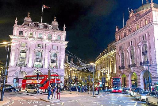 Londres es uno de los destinos más demandados por su amplia oferta comercial y de excursiones.