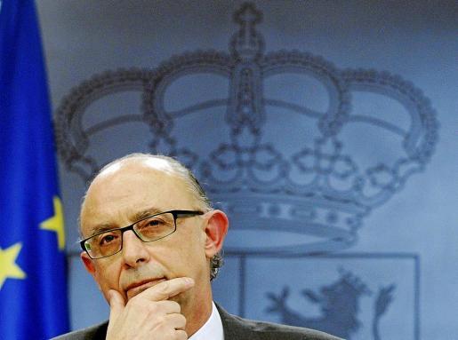 El ministro Cristóbal Montoro no informó de la eliminación de la aportación a los planes de pensiones de los funcionarios.