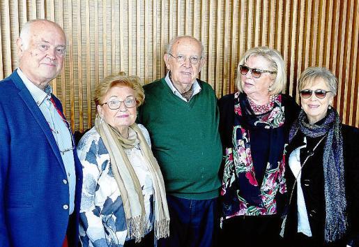 Carlo V. Guignano, Joana Serra, Joan Andreu (presidente), Reme Veloso y Antònia Coll.